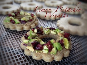 Lemon-Pistachio-Wreaths31